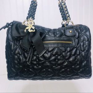 BETSY JOHNSON quilted pattern Bag with Ribbon bow